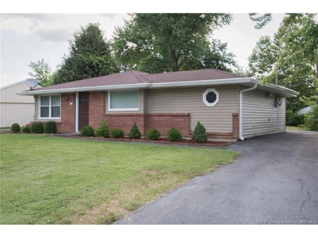 1714 Whittier Drive, Clarksville, IN 47129 (MLS #201707328) :: The Paxton Group at Keller Williams