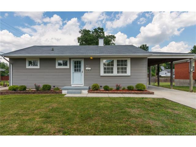 817 Parallel Avenue, Sellersburg, IN 47172 (MLS #201707335) :: The Paxton Group at Keller Williams