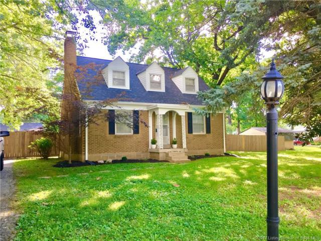 1131 Highland Drive, Jeffersonville, IN 47130 (MLS #201707369) :: The Paxton Group at Keller Williams