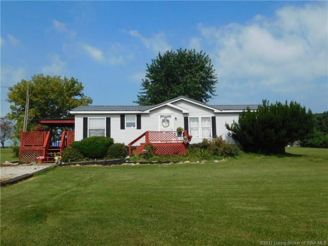 5805 E Priddy, Pekin, IN 47165 (MLS #201708309) :: The Paxton Group at Keller Williams
