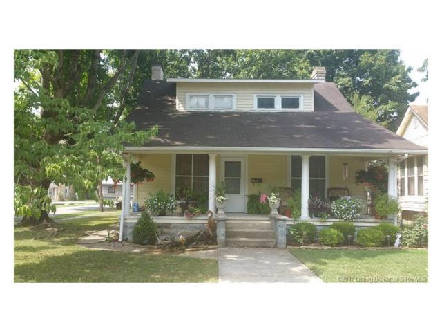 374 Paradise, Sellersburg, IN 47172 (MLS #201708491) :: The Paxton Group at Keller Williams