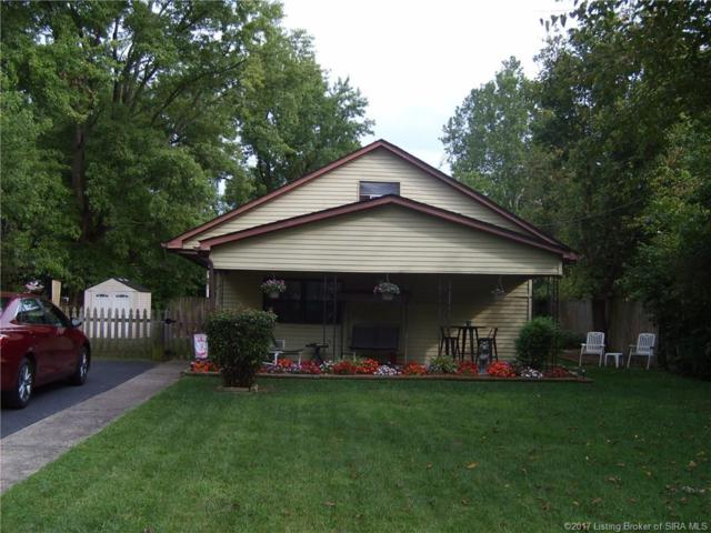 104 Starlight Drive, Clarksville, IN 47129 (MLS #201708699) :: The Paxton Group at Keller Williams