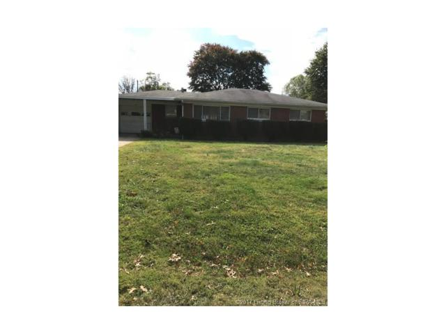 102 W Flamingo Drive, Clarksville, IN 47129 (MLS #201709946) :: The Paxton Group at Keller Williams