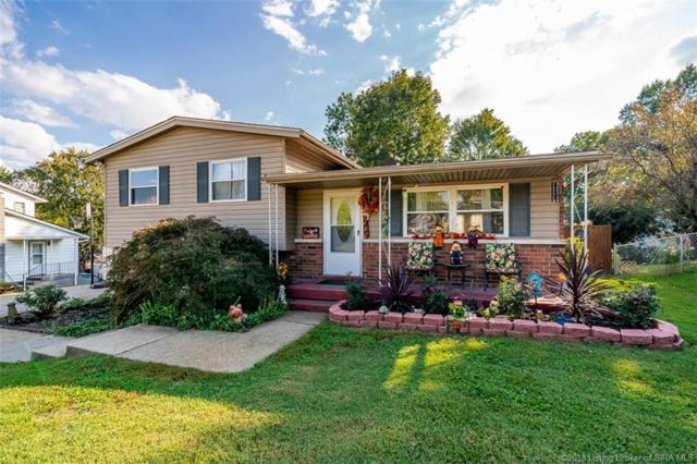 1207 Tranquil Drive, Jeffersonville, IN 47130 (MLS #2018012385) :: The Paxton Group at Keller Williams