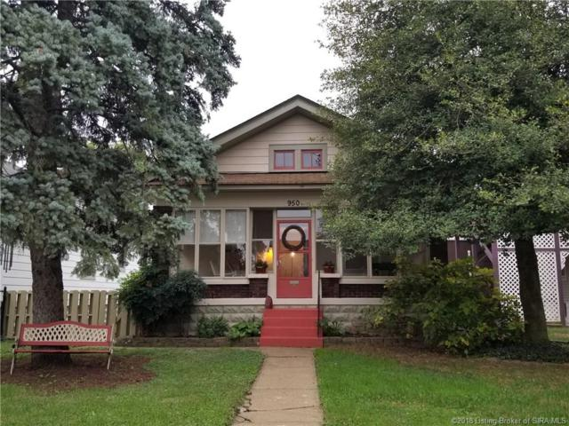 950 E 7th Street, Jeffersonville, IN 47130 (MLS #2018012399) :: The Paxton Group at Keller Williams