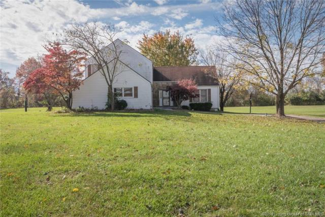 720 S Forrest Drive, Sellersburg, IN 47172 (MLS #2018012942) :: The Paxton Group at Keller Williams