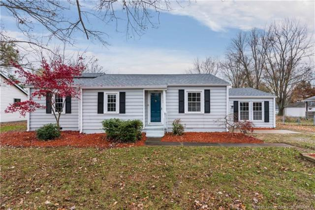 1564 Edgewood Drive, Charlestown, IN 47111 (MLS #2018013010) :: The Paxton Group at Keller Williams
