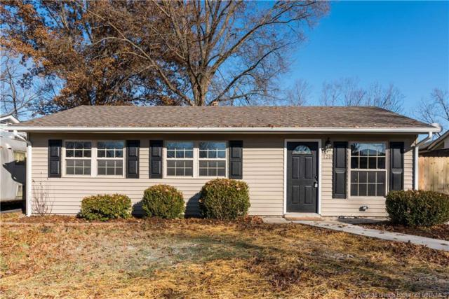 1218 Cedarview Drive, Jeffersonville, IN 47130 (MLS #2018013351) :: The Paxton Group at Keller Williams