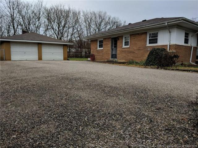 1108 Whelan Lane, Jeffersonville, IN 47130 (MLS #2018013556) :: The Paxton Group at Keller Williams