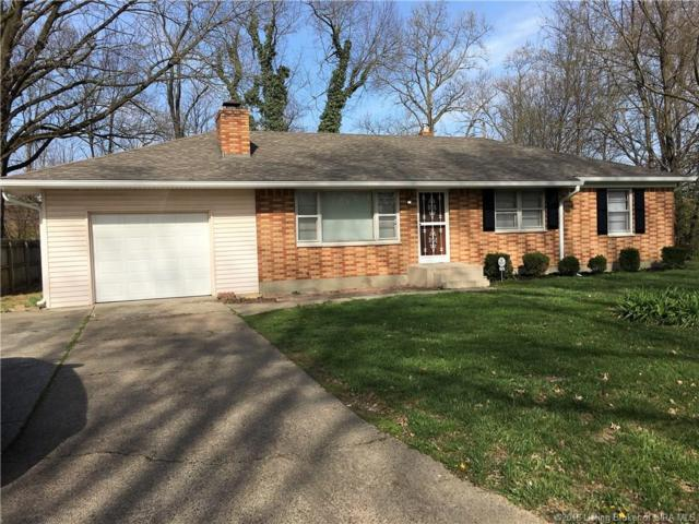 305 Lancassange Drive, Jeffersonville, IN 47130 (MLS #201808005) :: The Paxton Group at Keller Williams