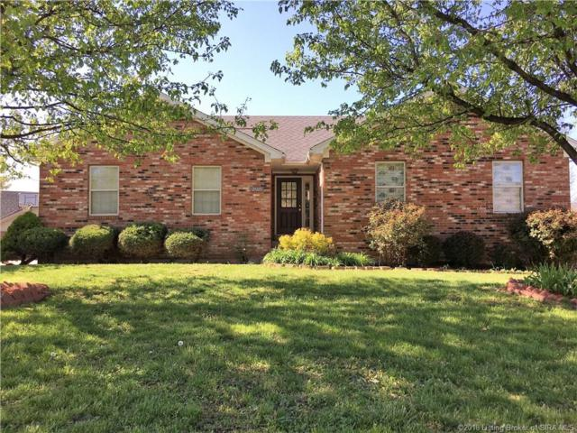 2605 Darien Drive, Jeffersonville, IN 47130 (MLS #201808226) :: The Paxton Group at Keller Williams