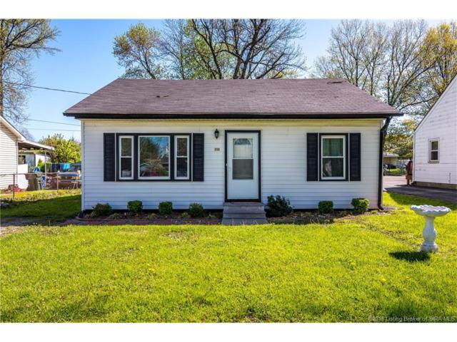 210 Mary Street, Jeffersonville, IN 47130 (MLS #201808572) :: The Paxton Group at Keller Williams