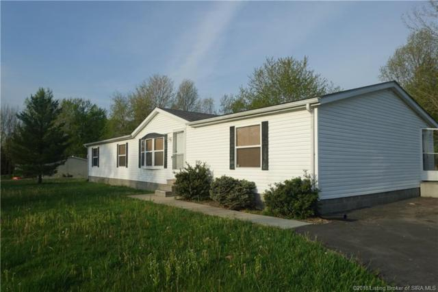 1461 N Green Acres Drive, Scottsburg, IN 47170 (MLS #201808612) :: The Paxton Group at Keller Williams