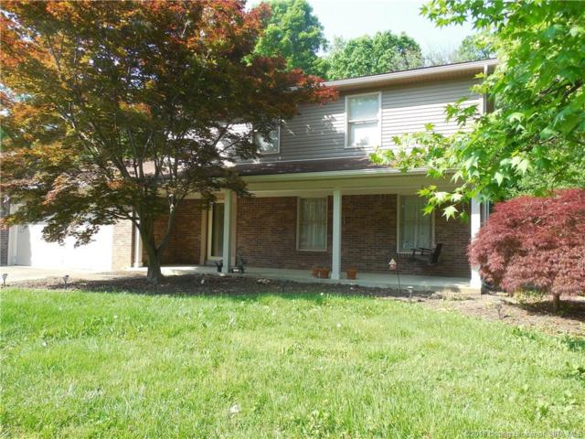 653 Hampton Court, Sellersburg, IN 47172 (MLS #201808858) :: The Paxton Group at Keller Williams