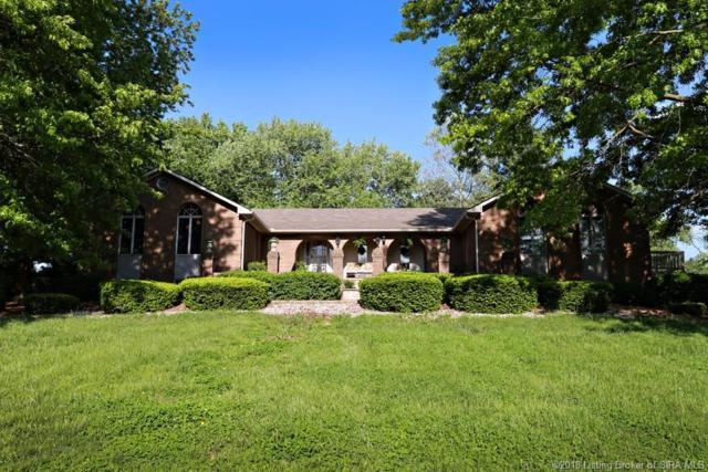 5306 Stone Creek Drive, Charlestown, IN 47111 (MLS #201808862) :: The Paxton Group at Keller Williams