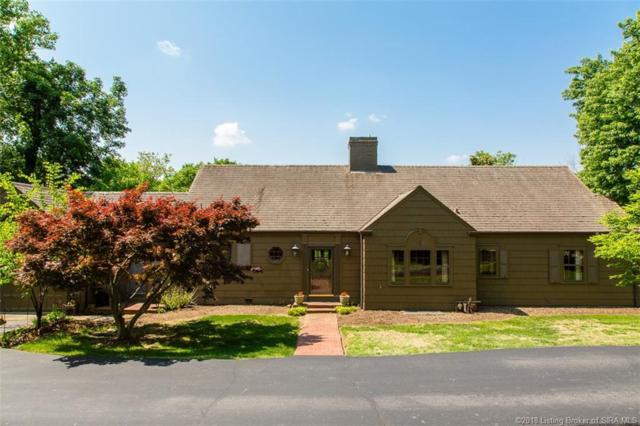 1313 Dent Avenue, New Albany, IN 47150 (#201808889) :: The Stiller Group