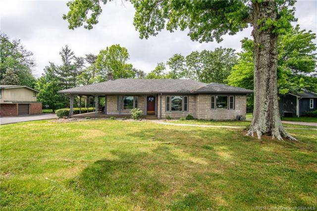 1601 Woodland Road, New Albany, IN 47150 (MLS #201808931) :: The Paxton Group at Keller Williams