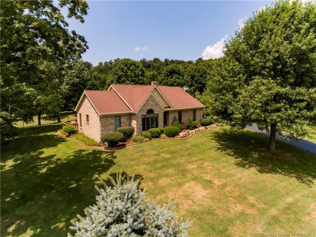 390 Chanda Lane, New Albany, IN 47150 (MLS #201809042) :: The Paxton Group at Keller Williams