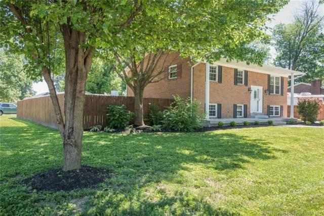 2246 Lombardy Drive, Clarksville, IN 47129 (MLS #201809135) :: The Paxton Group at Keller Williams