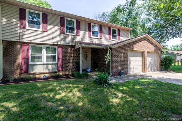 1031 Plainfield Drive, New Albany, IN 47150 (MLS #201809530) :: The Paxton Group at Keller Williams
