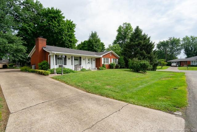 511 Grasmere Drive, Clarksville, IN 47129 (MLS #201809622) :: The Paxton Group at Keller Williams