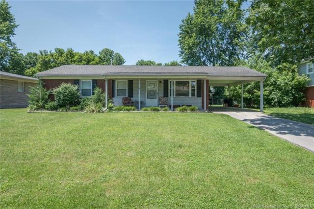 109 E Maplewood Drive, Clarksville, IN 47129 (MLS #201809683) :: The Paxton Group at Keller Williams