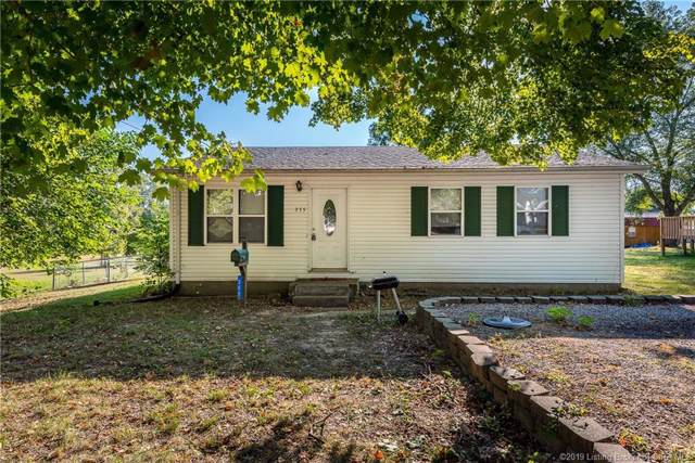 355 S High Street, Austin, IN 47102 (MLS #2019010865) :: The Paxton Group at Keller Williams Realty Consultants
