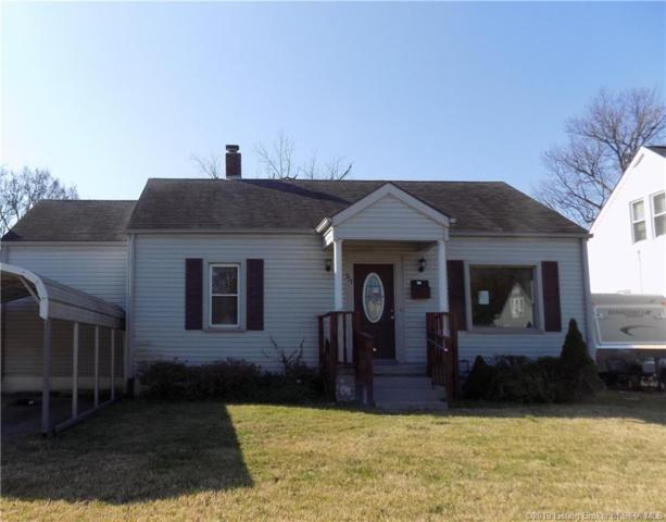 517 N Fairbanks Avenue, Clarksville, IN 47129 (MLS #201905576) :: The Paxton Group at Keller Williams