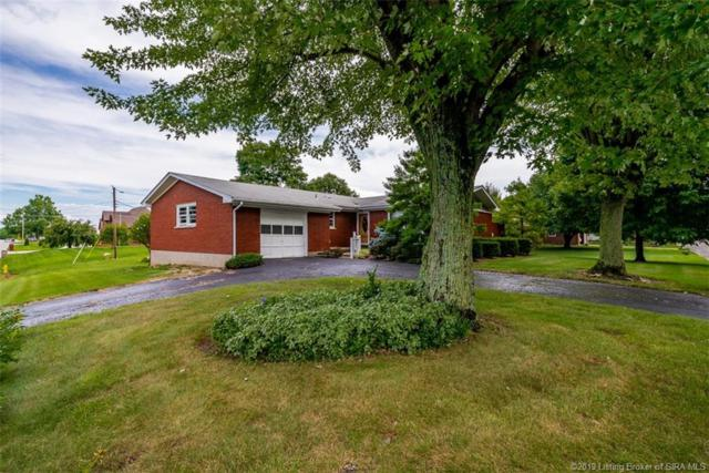 108 Potters Lane, Clarksville, IN 47129 (MLS #201905641) :: The Paxton Group at Keller Williams