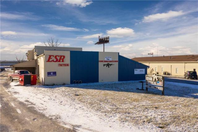 3255 Industrial Parkway, Jeffersonville, IN 47130 (MLS #201905856) :: The Paxton Group at Keller Williams