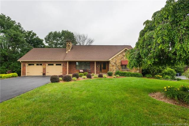 1025 Skyview Drive, New Albany, IN 47150 (MLS #201905898) :: The Paxton Group at Keller Williams