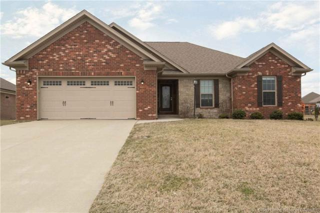 2923 Chestnut Eagle Ridge, Jeffersonville, IN 47130 (#201905901) :: The Stiller Group