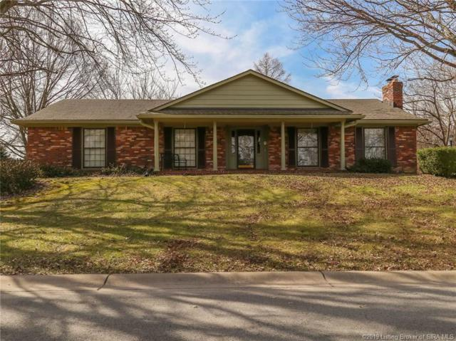 42 Carlotia Drive, Jeffersonville, IN 47130 (MLS #201906104) :: The Paxton Group at Keller Williams