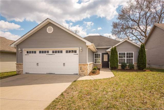 3828 Homestead Drive, New Albany, IN 47150 (MLS #201906343) :: The Paxton Group at Keller Williams