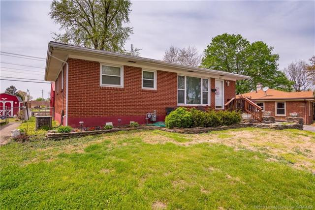 1027 Morris Avenue, Jeffersonville, IN 47130 (MLS #201907226) :: The Paxton Group at Keller Williams
