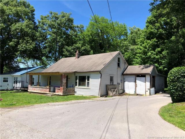 2427 Mclean Avenue, New Albany, IN 47150 (MLS #201907972) :: The Paxton Group at Keller Williams