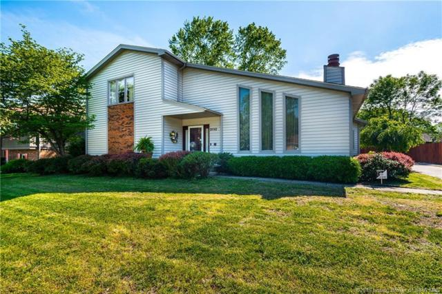 3110 Julian Drive, New Albany, IN 47150 (MLS #201907998) :: The Paxton Group at Keller Williams