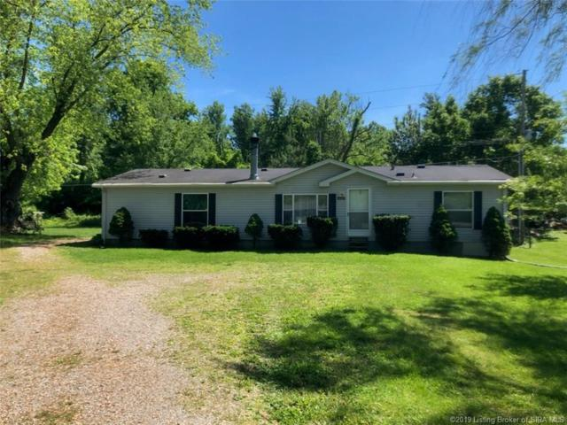 1410 E Water Street E, Borden, IN 47106 (MLS #201908014) :: The Paxton Group at Keller Williams