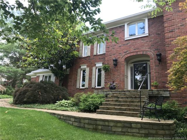 4015 Woodstone Drive, Floyds Knobs, IN 47119 (#201908426) :: The Stiller Group