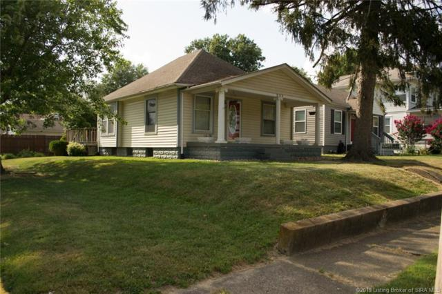 131 Sunset Avenue, Clarksville, IN 47129 (#201909940) :: The Stiller Group