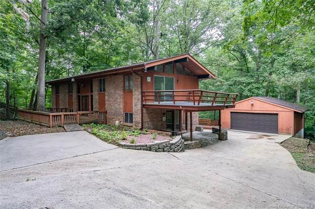 923 Oakland Drive, New Albany, IN 47150 (MLS #2020010508) :: The Paxton Group at Keller Williams Realty Consultants