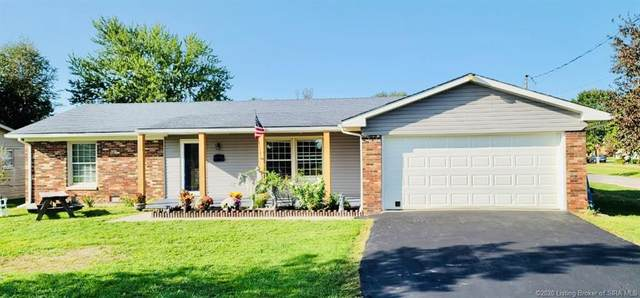 298 E Main Street, Austin, IN 47102 (MLS #2020010817) :: The Paxton Group at Keller Williams Realty Consultants