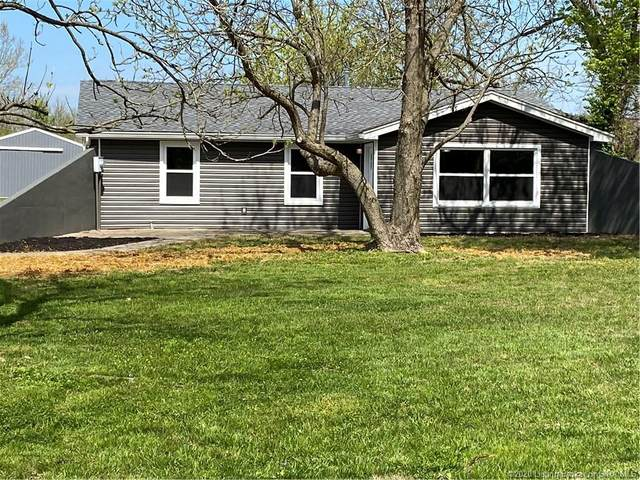 2423 Coopers Lane, Sellersburg, IN 47172 (MLS #2020011264) :: The Paxton Group at Keller Williams Realty Consultants