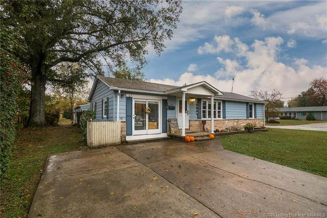 198 N 5th Street, Scottsburg, IN 47170 (MLS #2020011404) :: The Paxton Group at Keller Williams Realty Consultants