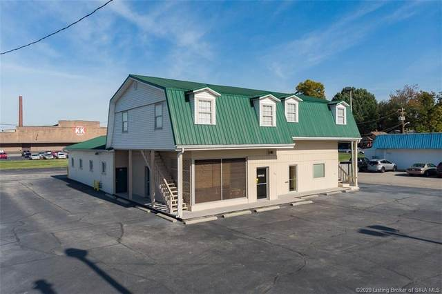 801 E 10th Street, Jeffersonville, IN 47130 (MLS #2020011539) :: The Paxton Group at Keller Williams Realty Consultants