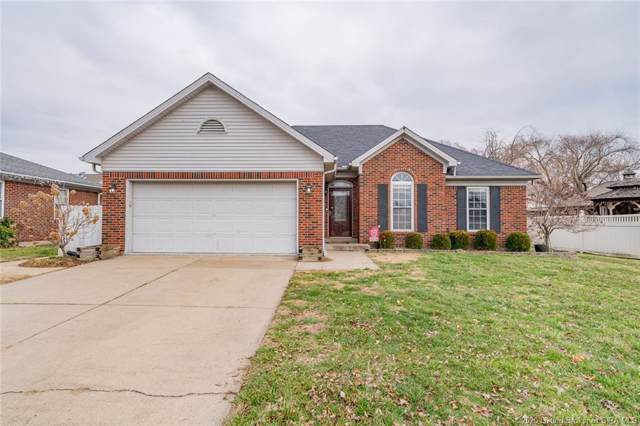 104 Fieldstone Court, New Albany, IN 47150 (#202005487) :: The Stiller Group