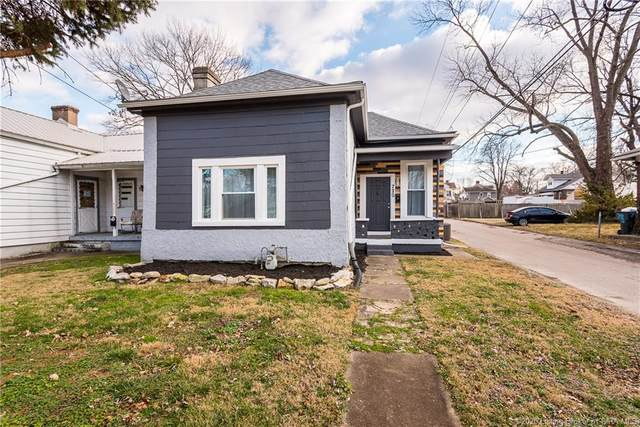 720 E Court Avenue, Jeffersonville, IN 47130 (MLS #202006714) :: The Paxton Group at Keller Williams Realty Consultants