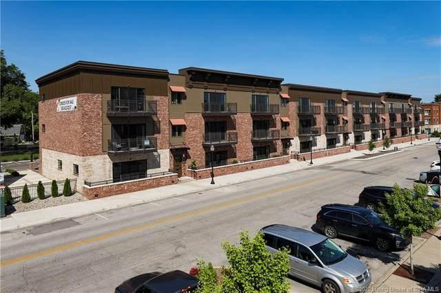 215 Mulberry Street, Jeffersonville, IN 47130 (#202007871) :: The Stiller Group