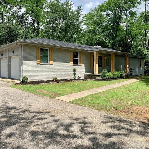 3013 Green Valley Road, New Albany, IN 47150 (#202008234) :: The Stiller Group