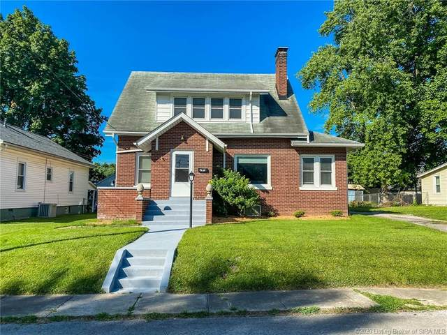 207 W Utica Street, Sellersburg, IN 47172 (MLS #202008440) :: The Paxton Group at Keller Williams Realty Consultants